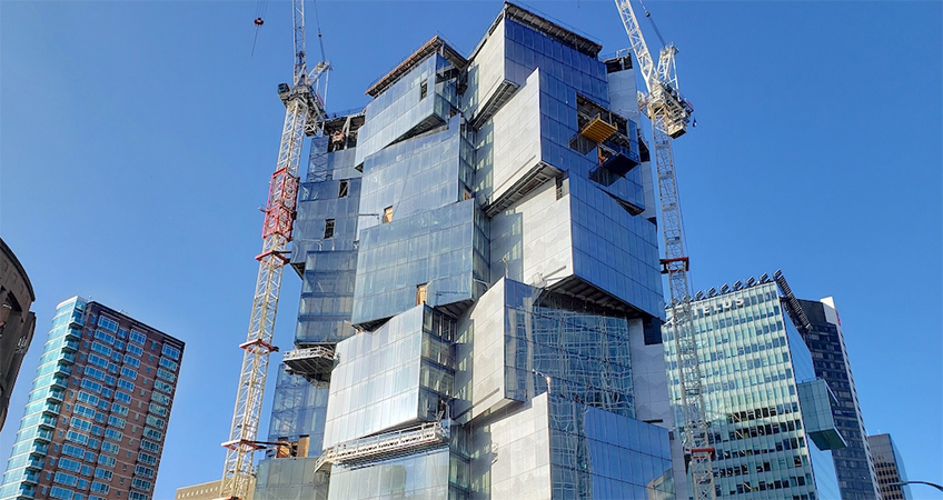 Construction progress of Deloitte Summit at 400 West Georgia Street, as of January 15, 2021. (Kenneth Chan/Daily Hive)