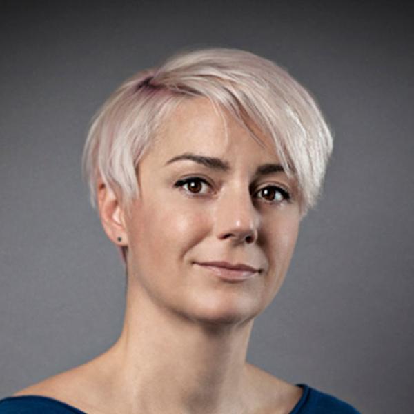 Sara Klomps, portrait