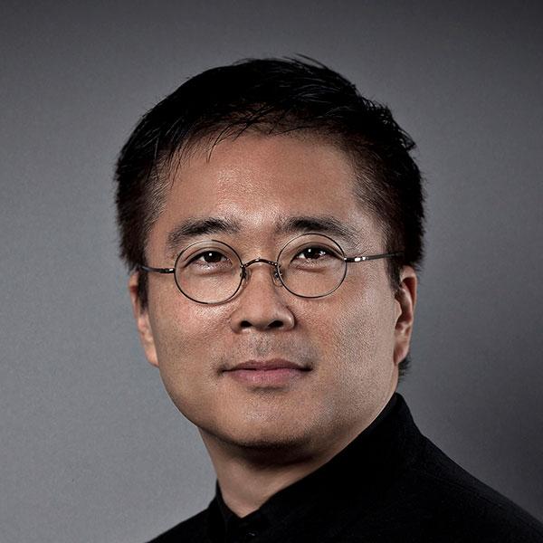 Satoshi Ohashi, portrait