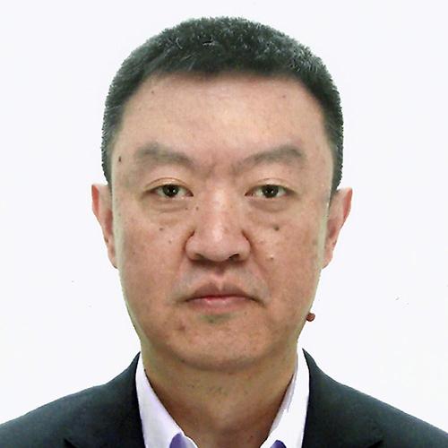 Shaofeng Wang, portrait